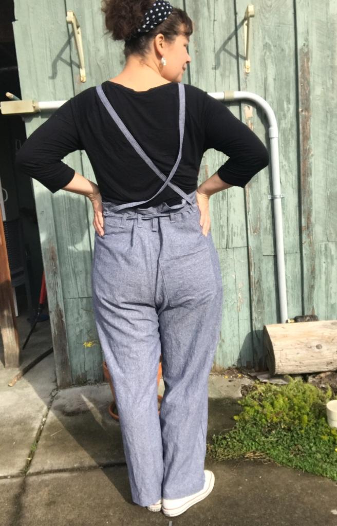 Showing how burnside bib straps slide around in back